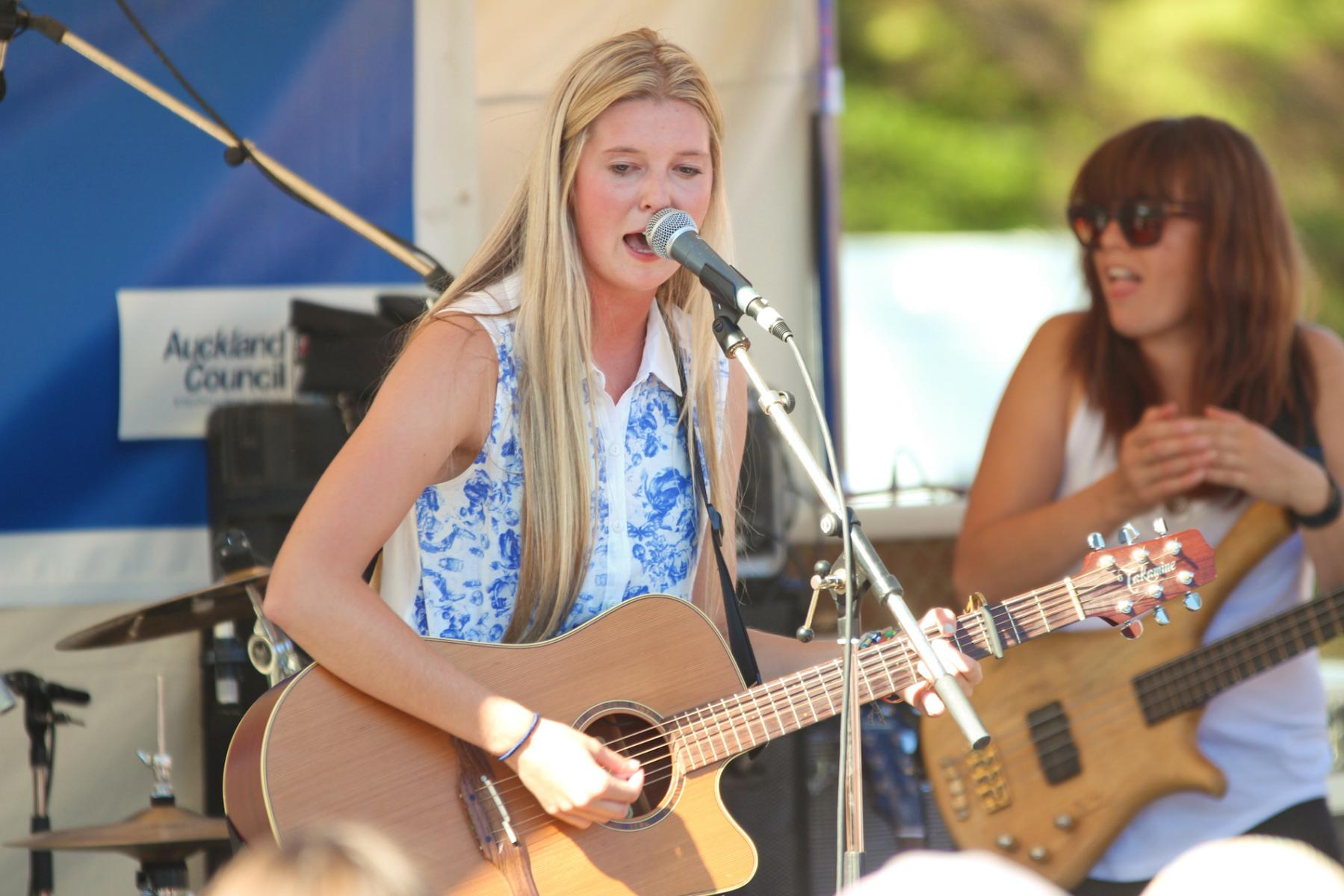 Jamie McDell - Music In Parks - Luckens Reserve - March '13