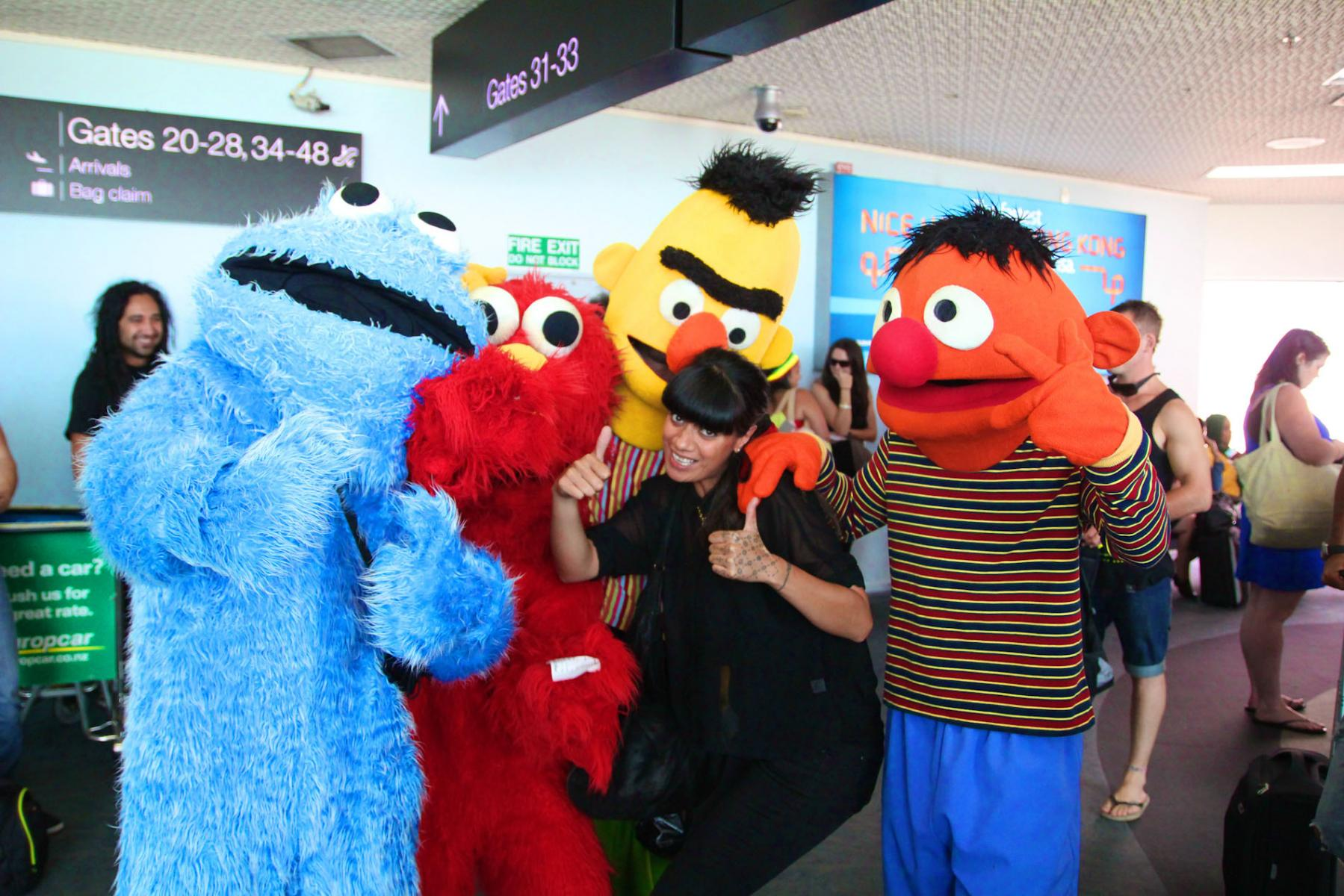 Ladi6 with some fans from Sesame Street - Grabaseat flight to Homegrown - March 13