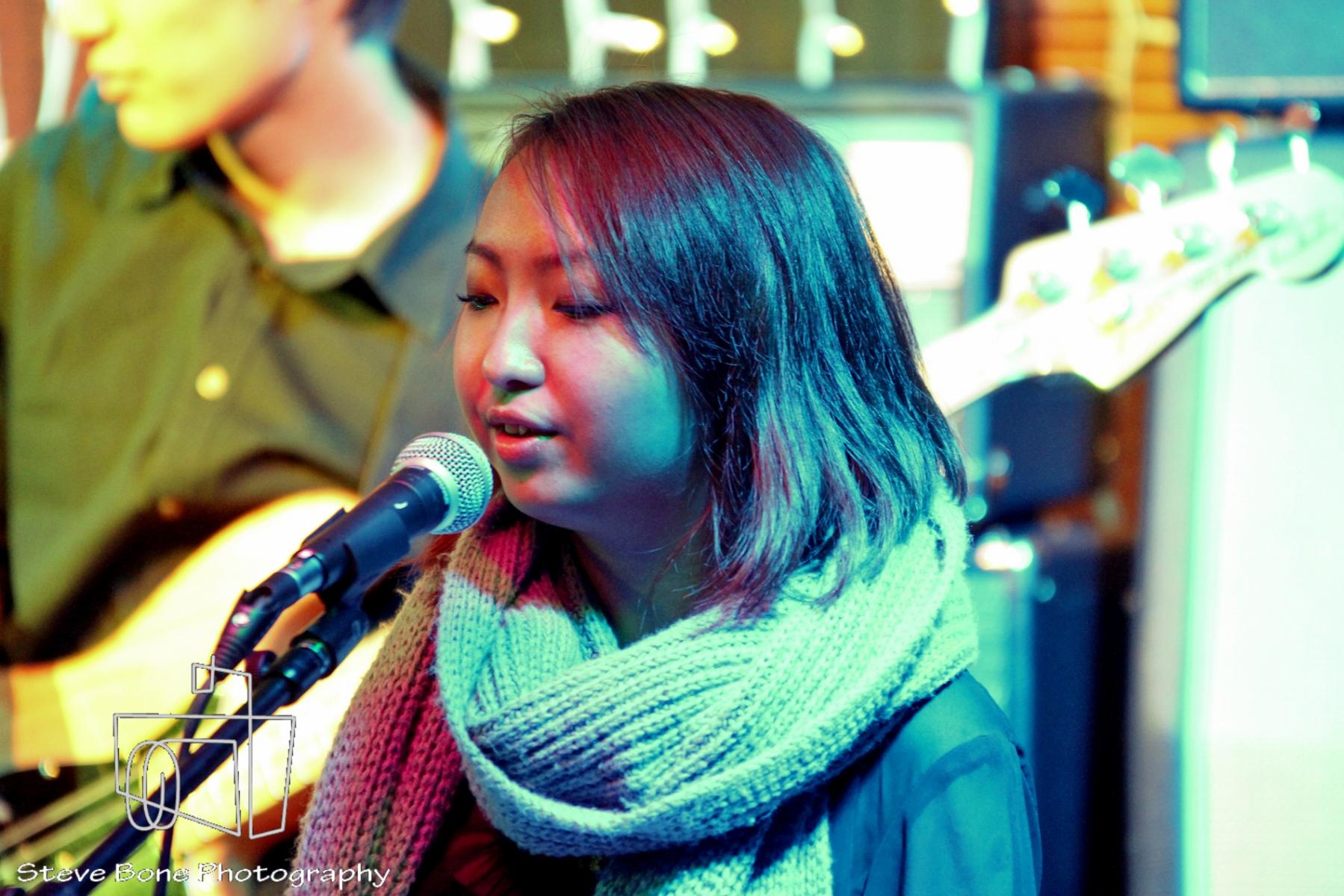 Emmeline Lee - Shana Llorando - Opening for Sam Allen - Backbeat Bar - 30th May 2013