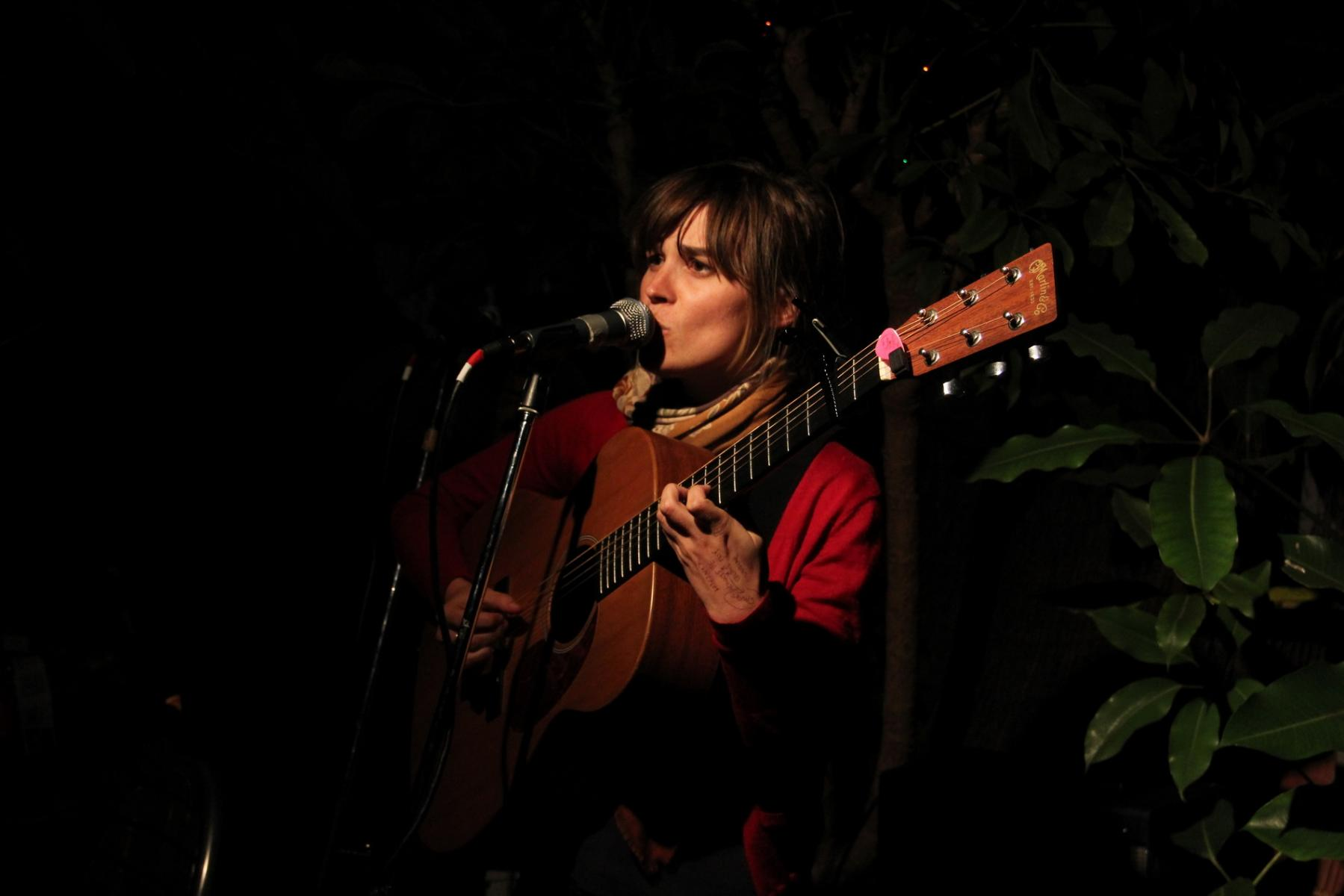 Lydia Cole - Songs From The Backyard - Okra Cafe - Mar 2012
